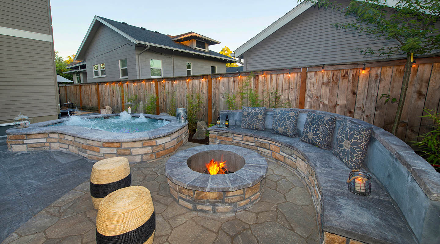 Cozy backyard is perfect with In-ground Spa & Firepit - Side by Side!