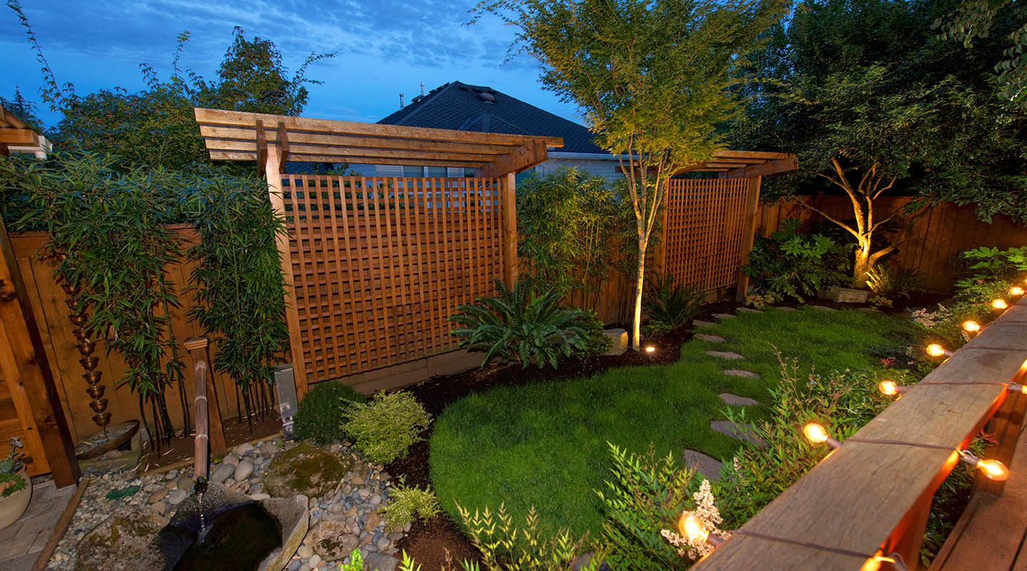 Privacy structures screens paradise restored landscaping for Landscape design for privacy