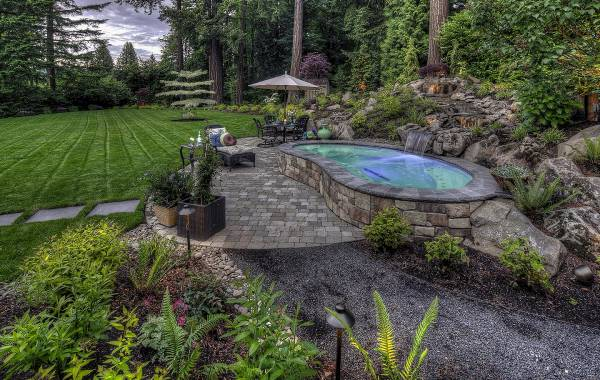 A spa standout - Beautiful in the landscape - Peaceful & Inviting